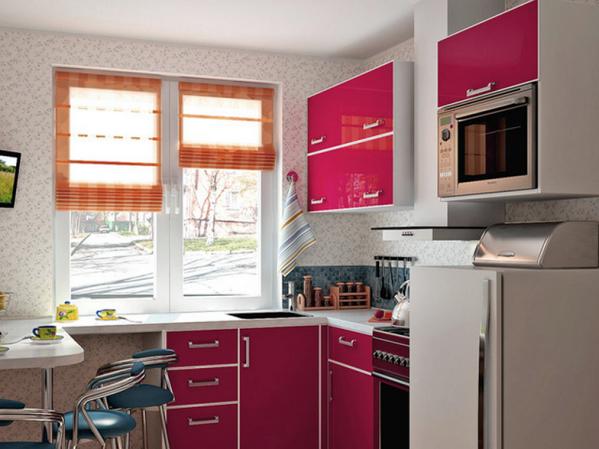 Кухня 6 метров, мойка у окна