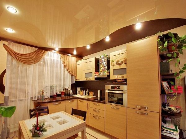 дизайн кухонных потолков