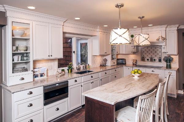 Цвета классической светлой кухни