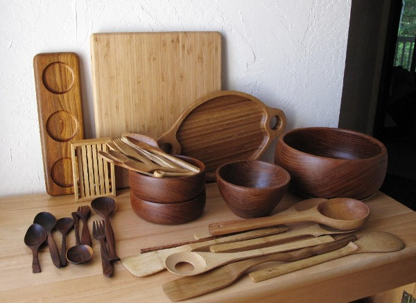Деревянная кухонная утварь фото