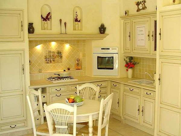 Встроенная кухня прованс