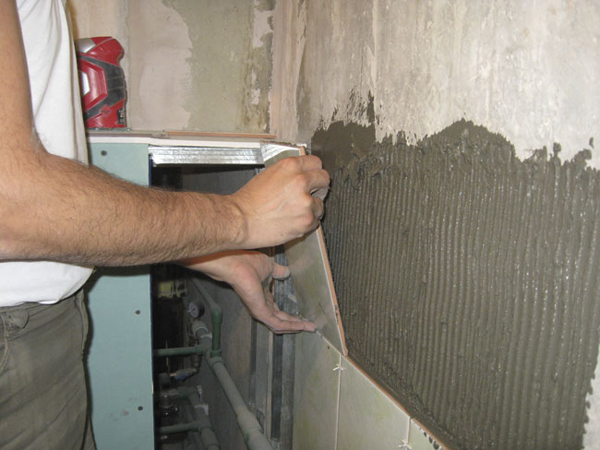 Укладка кафельной плитки на кухне