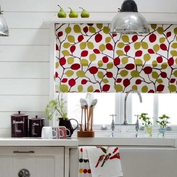Шторы для маленьких кухонь фото