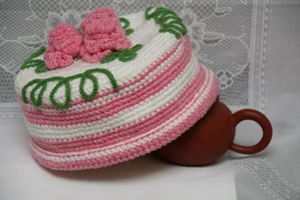 Вязаная грелка на чайник Петушок 30