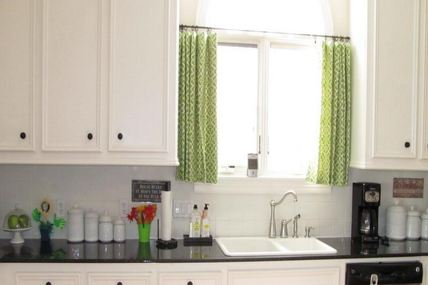 Short-Curtains-For-Kitchen_2_country