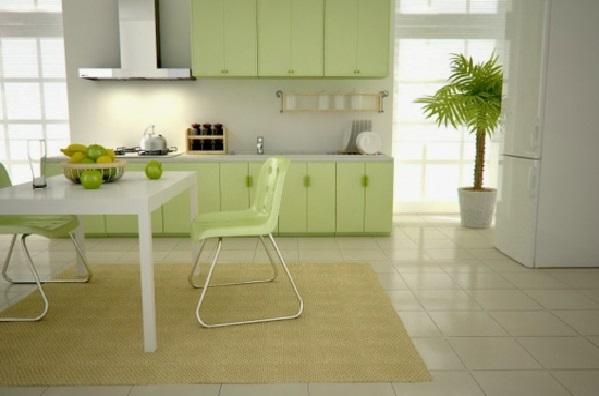 Вкусные светло-зеленая мебель и стены молочного цвета