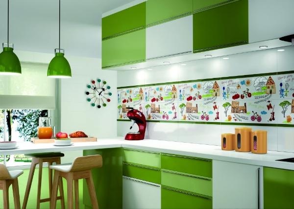 Красные и коричневые детали в зеленой кухне