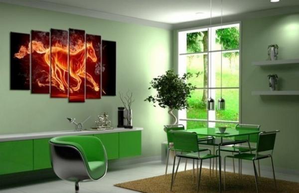 Картина на зеленой кухне