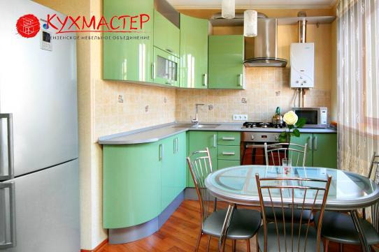 Угловая мебель для малогабаритных кухонь