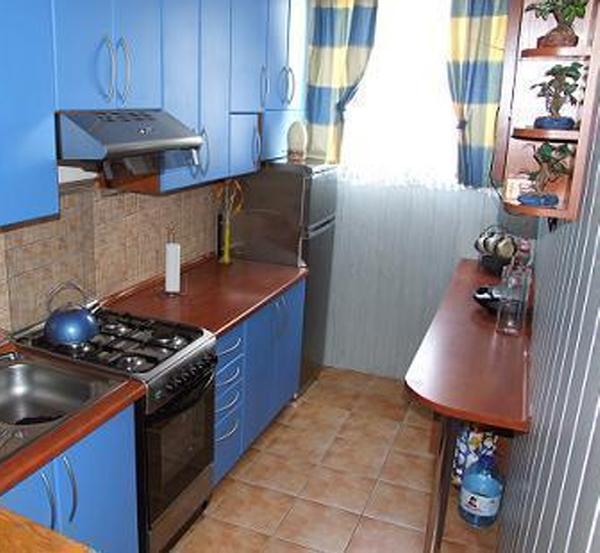 кухня фото узкая